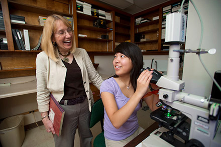 UNT student in lab with Faculty
